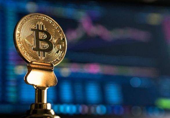du-bao-gia-bitcoin